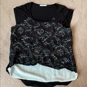 Ricki's lace front shirt